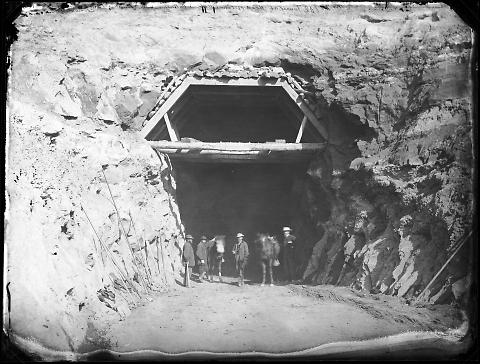 Tunnel at Head of Echo, Miller and Patterson's Work