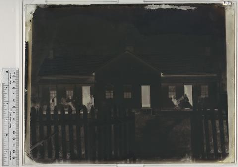 Bromley's Residence, Echo City