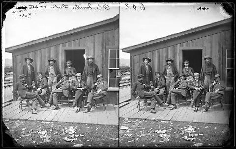 O.C. Smith's Clerks at Store [House], Echo